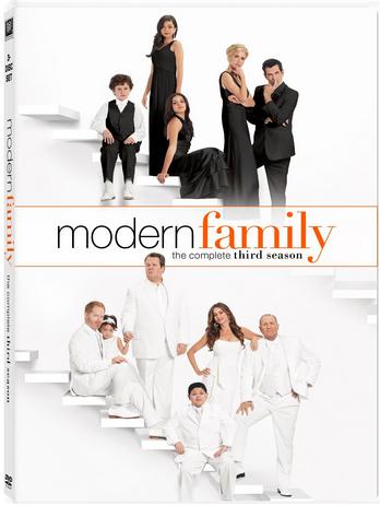 Modern Family: Season 3 (2011)